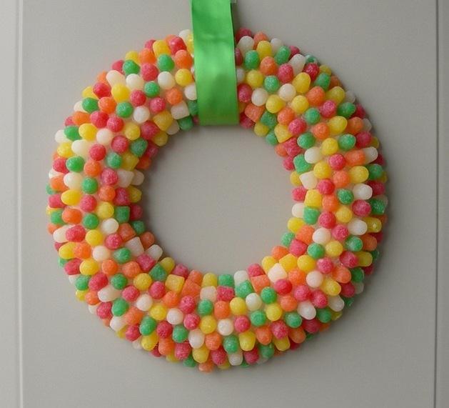 bonbons couleurs couronne de Noël originale plaira aux enfants