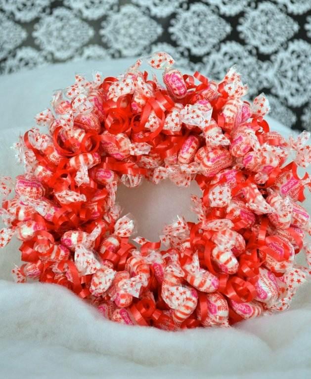 bonbons rouge blanc couronne gourmande noël fête