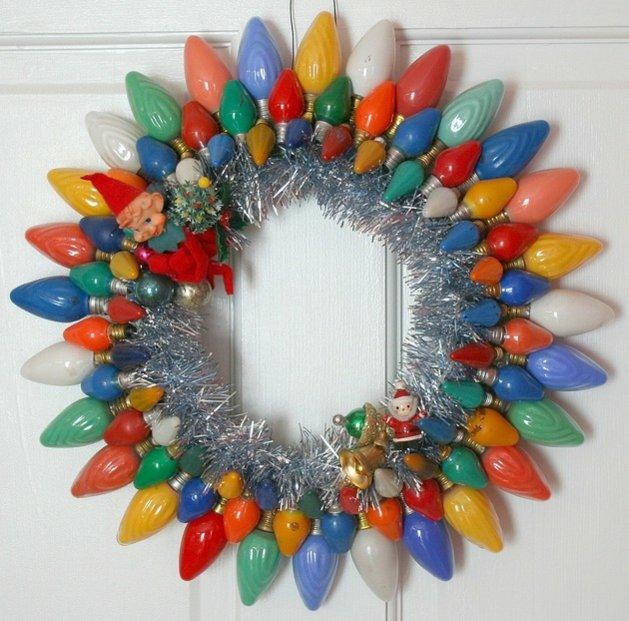 Vieille ampoules réutilisée manière ingénieuse couleurs guirlande