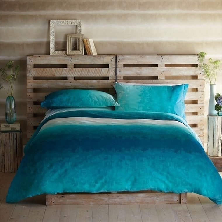 meuble en palette de bois comment faire une tete de lit bois idee deco recup
