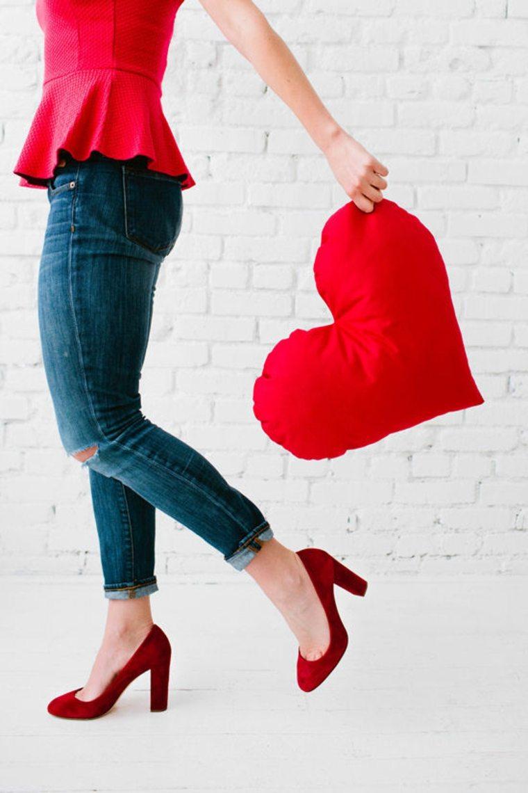 coussin forme cœur idée diy saint valentin idée