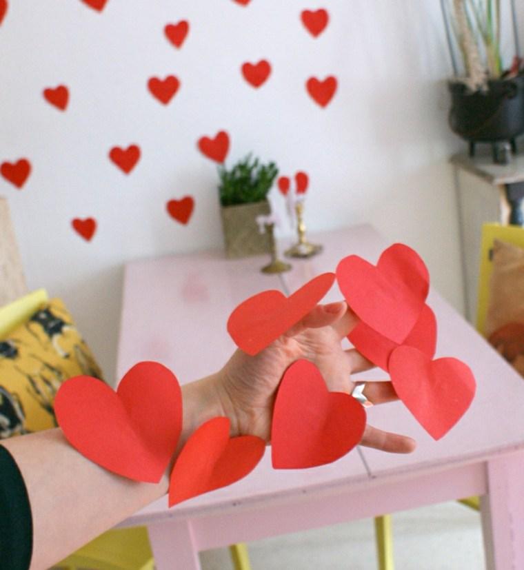 coeur papier rouge idée déco mur saint valentin cadeau