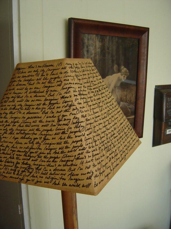 abat jour DIY ecriture ancienne