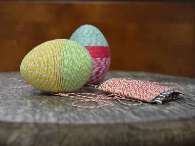 activité manuelle pour Pâques fils oeufs