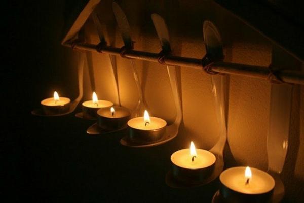 bougies chauffe plat suspendues cuillière diy
