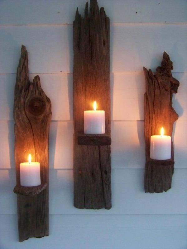 bougies déco accrochées sur planche bois flottant
