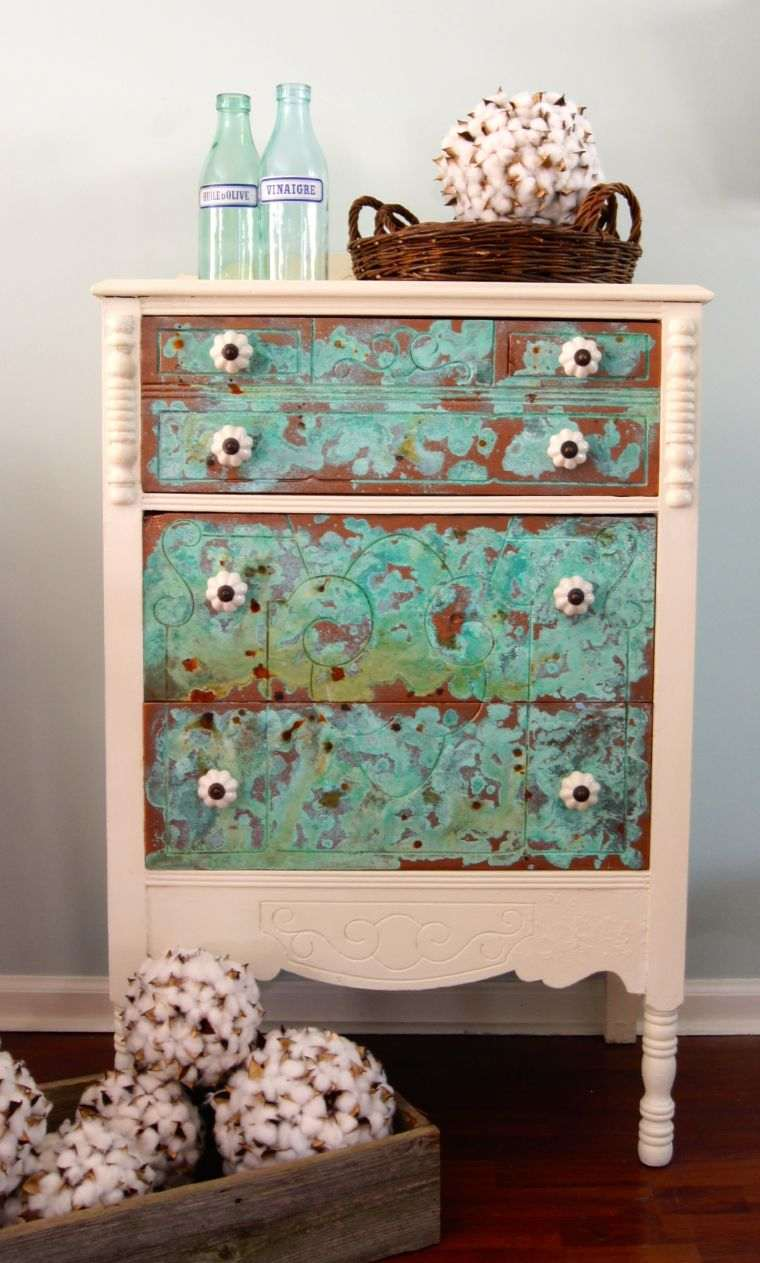 patiner un meuble ancien-petite-commode-idee