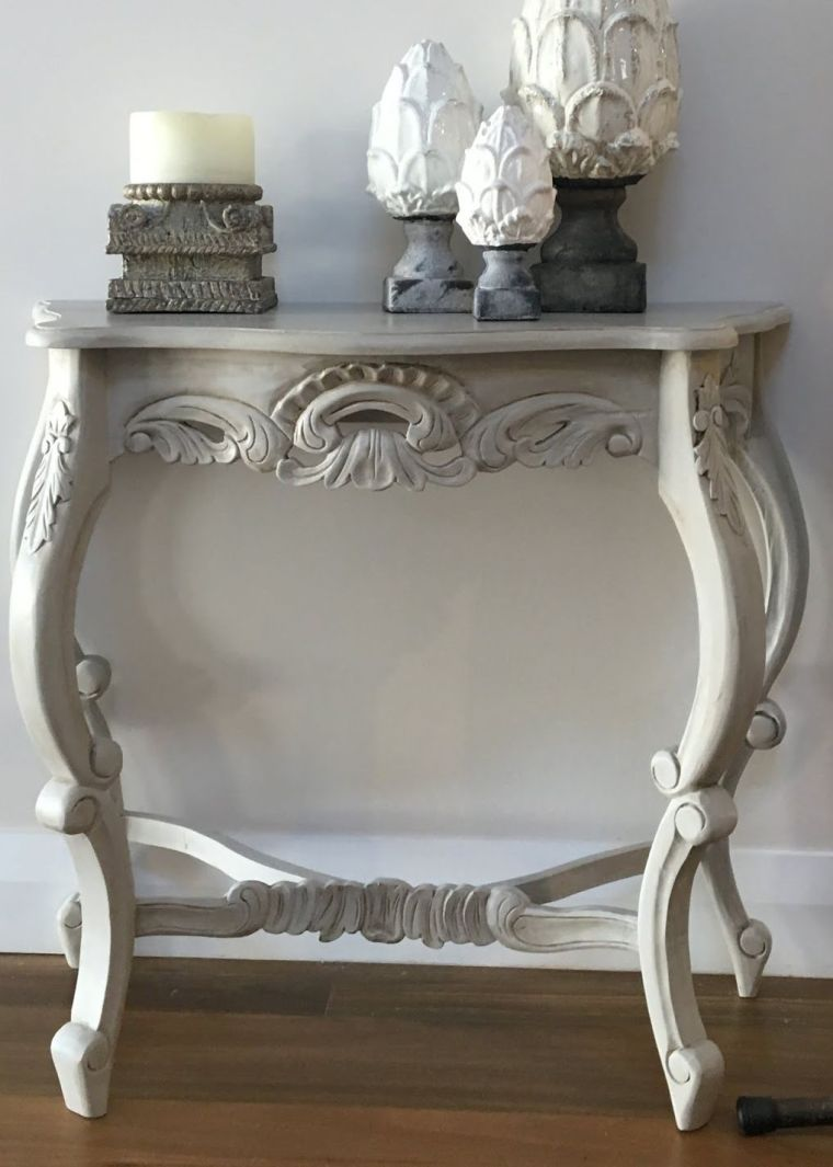 patiner un meuble ancien-table-console-blanche