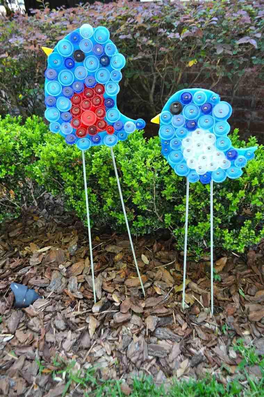 déco jardin récup bouchons plastique
