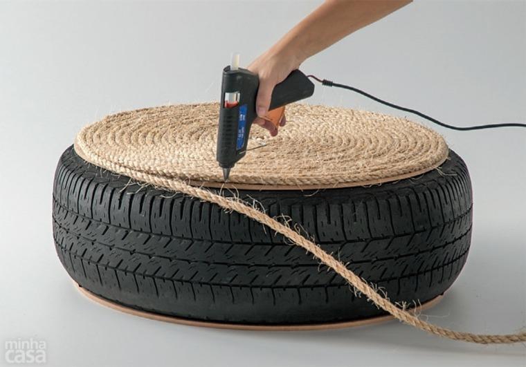 fabriquer-un-pouf-cordage-pneu-table