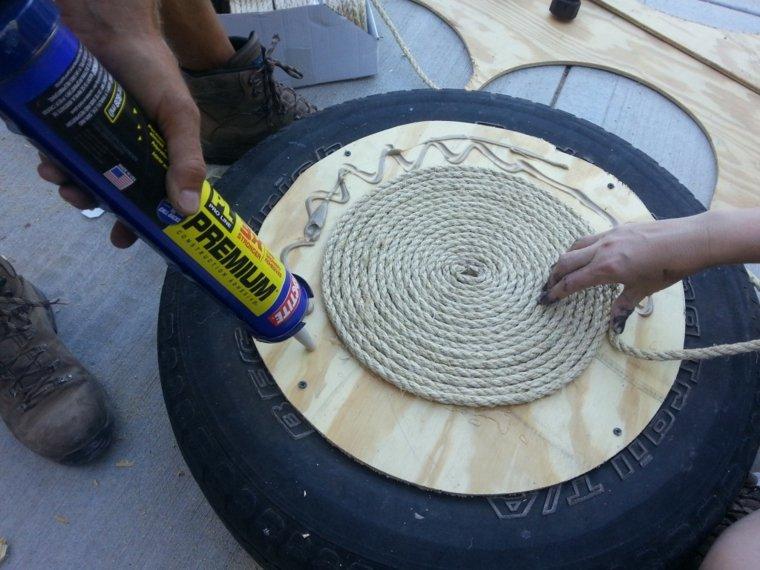 fabriquer-un-pouf-cordage-pneu