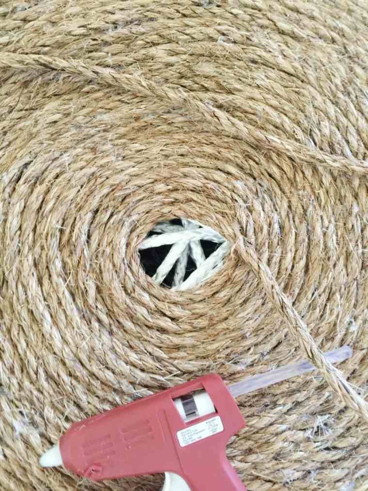 fabriquer un pouf idée corde pneu recup recycler