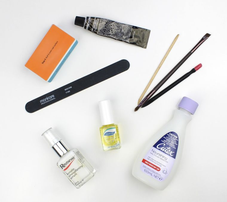 outils pour ongles