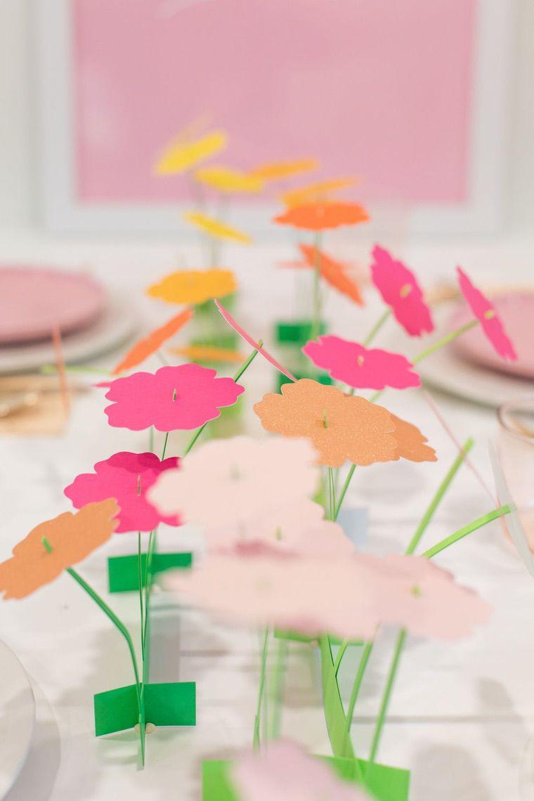 idée déco diy avec fleurs en papier ou carton
