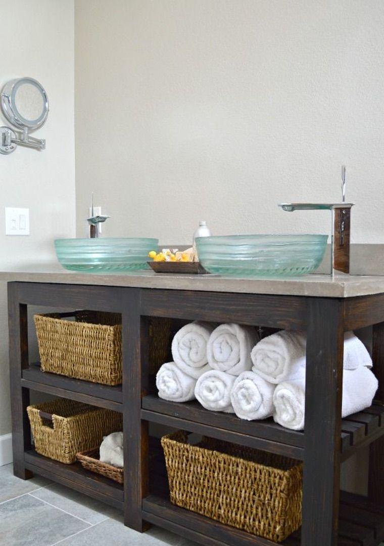 salle de bain avec vanité diy