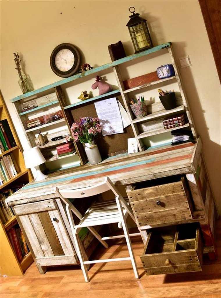bureau-bois-palette-diy-que-faire-avec-des-palettes