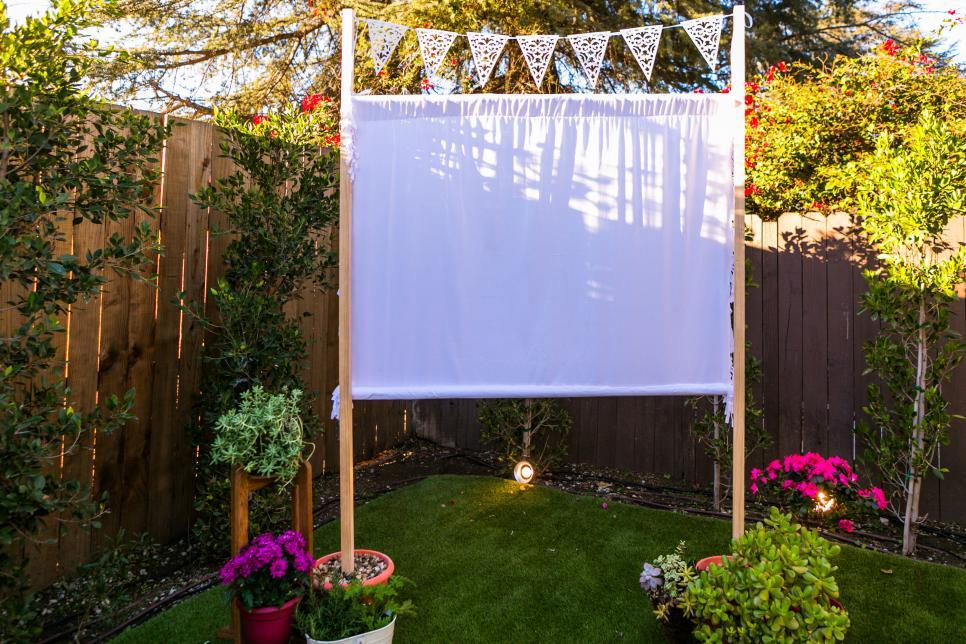 Installez une salle de cinéma en plein air