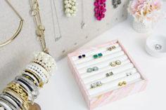 Rangement de bijoux pour les bagues et les boucles d'oreilles