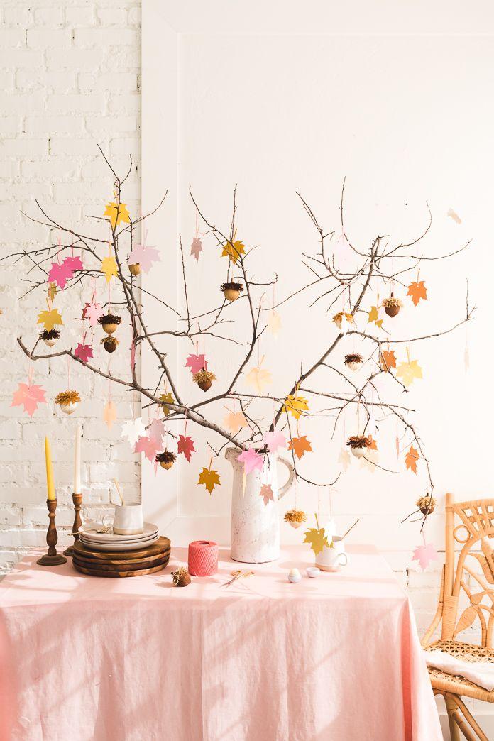 L'arbre de la gratitude avec des glands