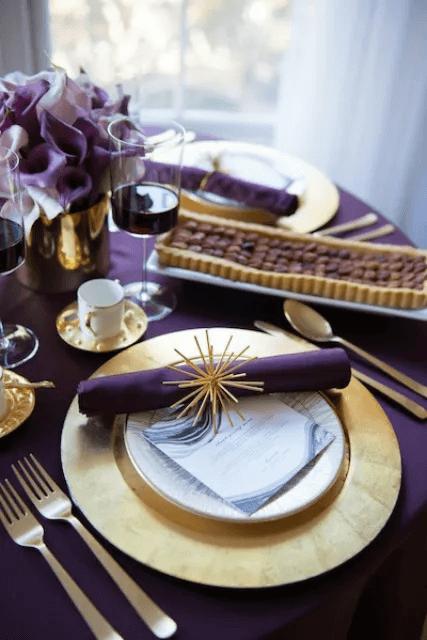 Table de Thanksgiving Moderne et Glamour