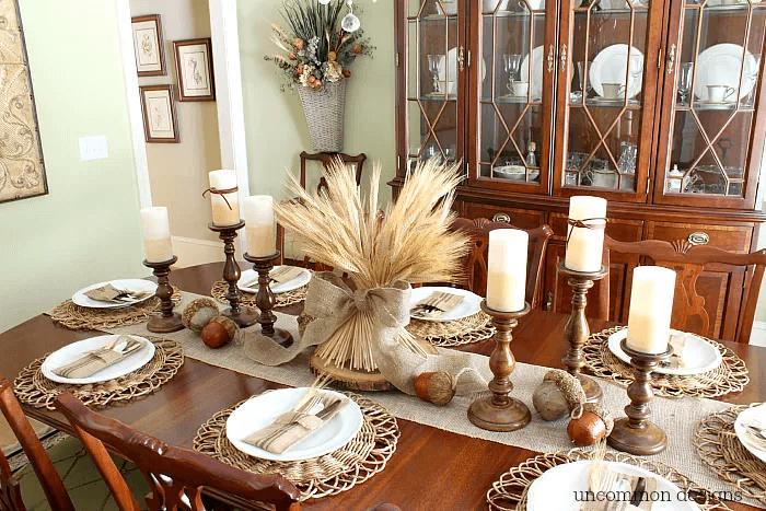 Table de Thanksgiving neutre