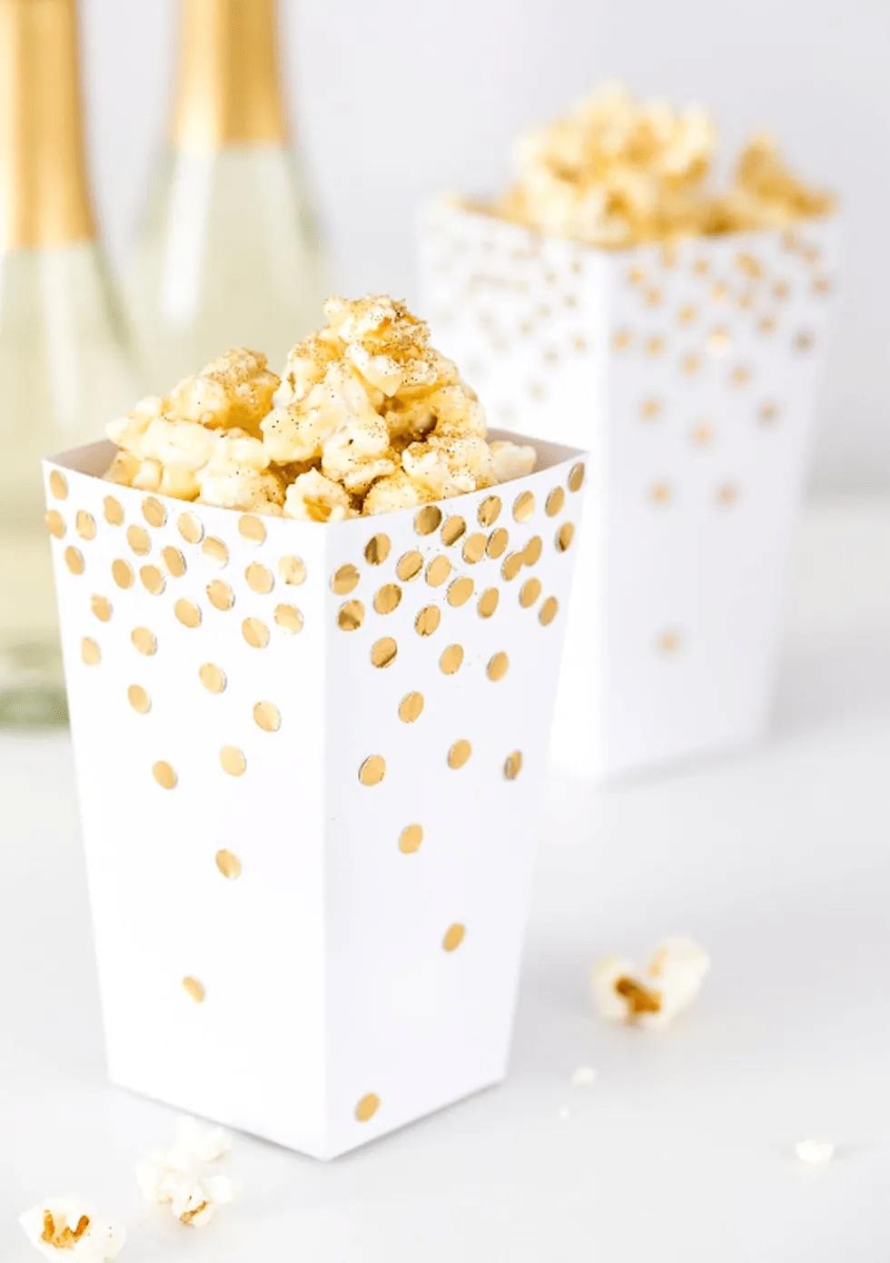 Boîtes à pop-corn de confettis dorés à monter soi-même