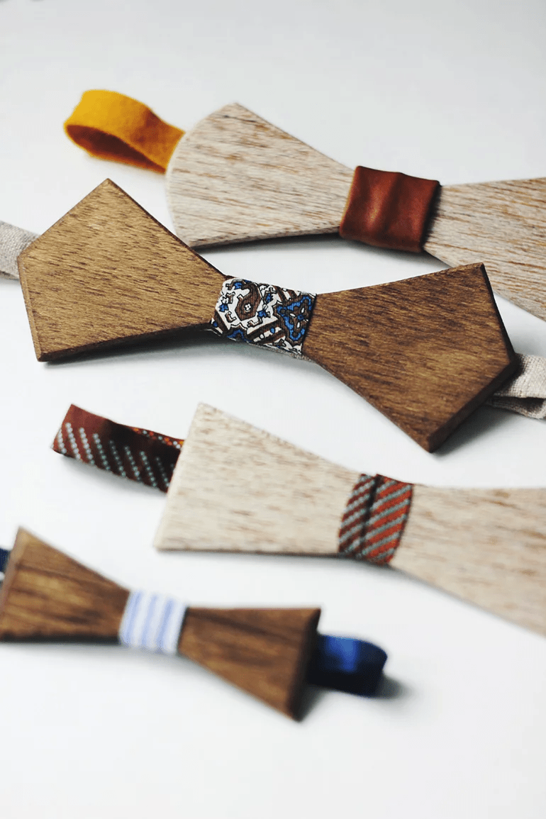 Bricolage Cravate en bois