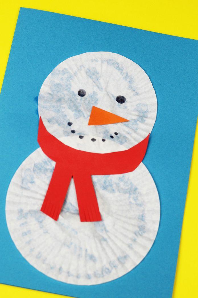 Carte de bonhomme de neige de Cupcake Liner