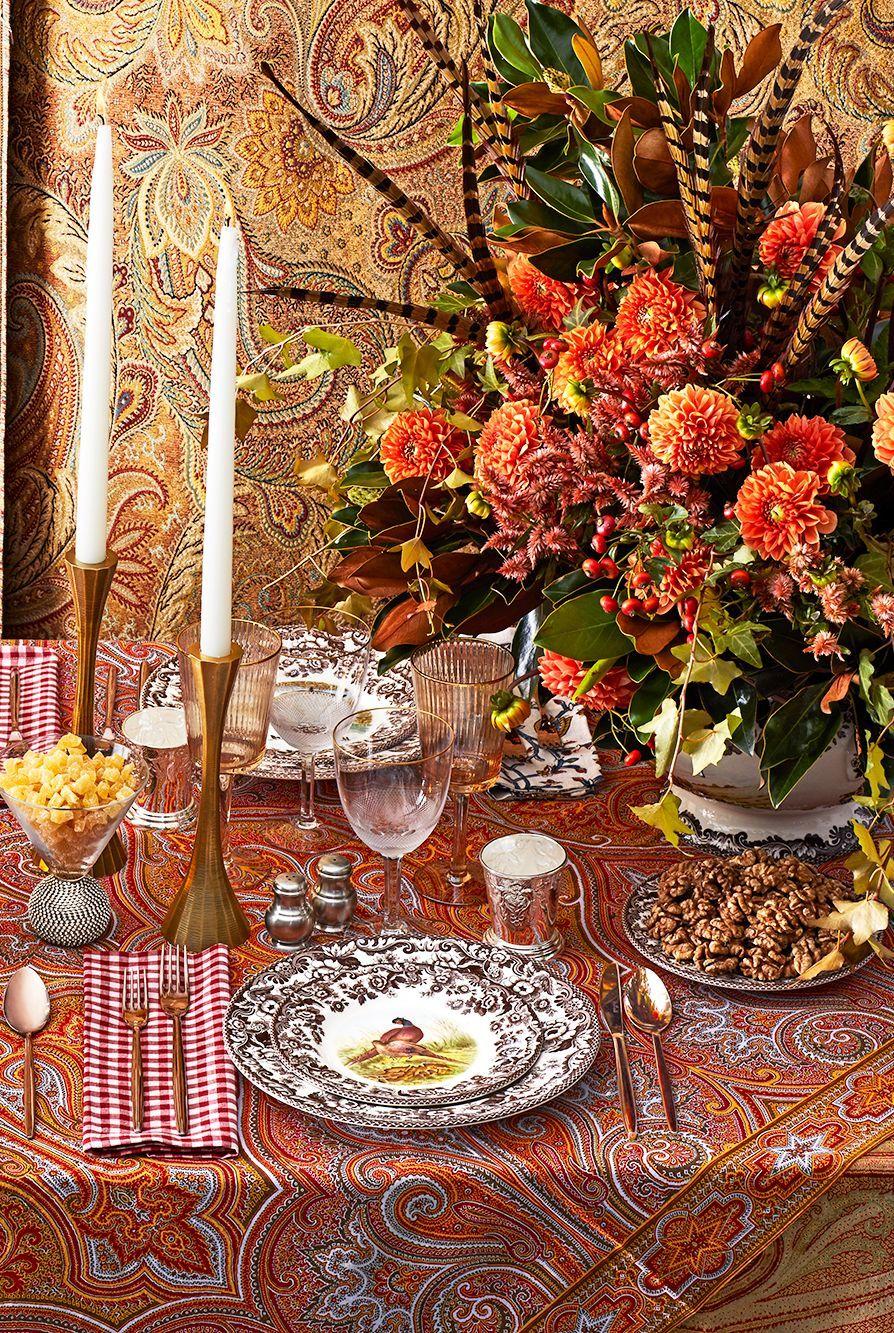 Décoration table de noel avec des plumes
