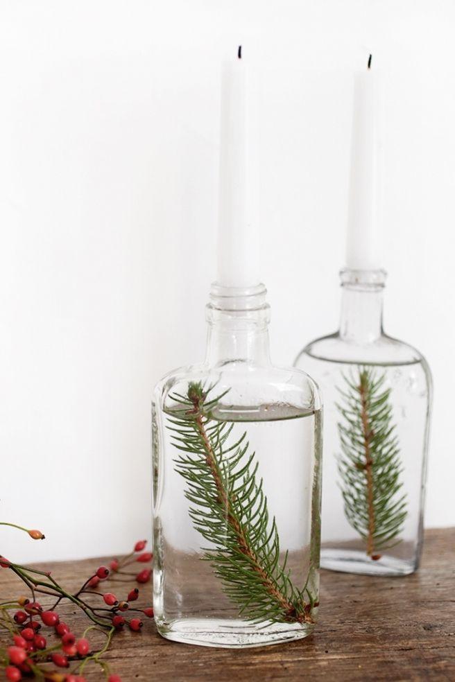 Faites flotter des pins sur bougies en forme de cône