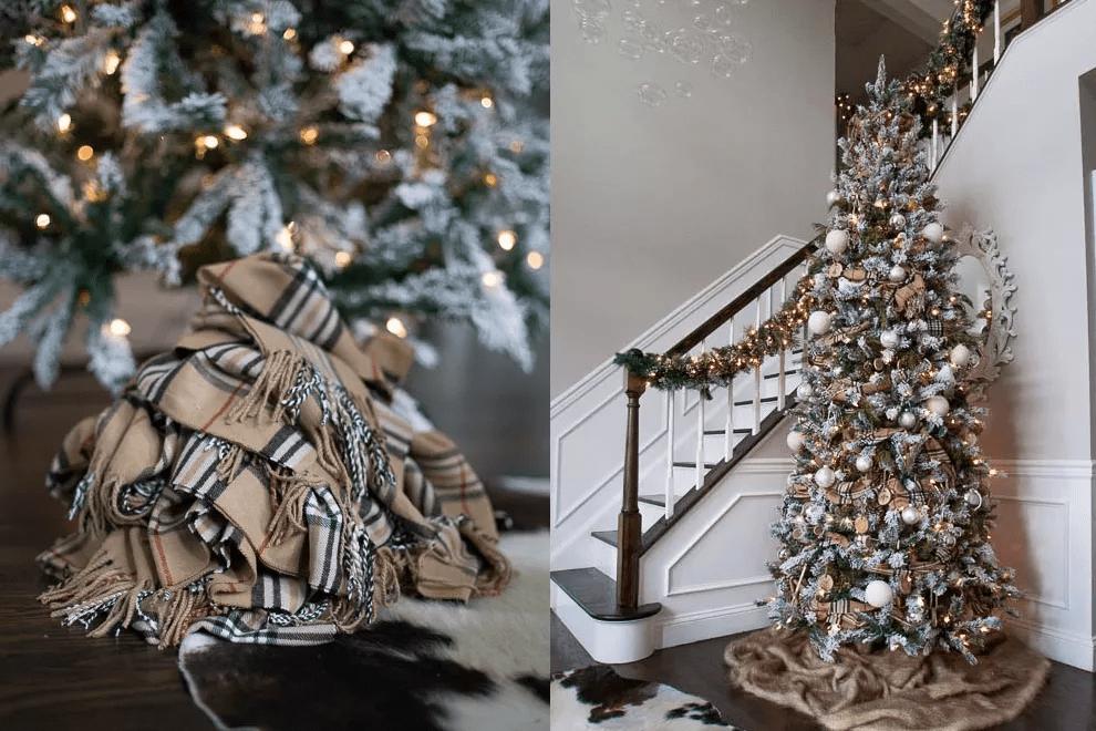 Arbre de Noël près d'un escalier avec une base de foulard
