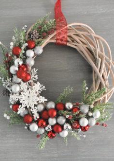 Comment faire une couronne de Noël DIY