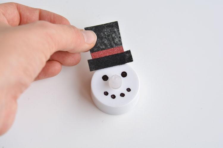 DIY bonhomme de neige avec chapeau