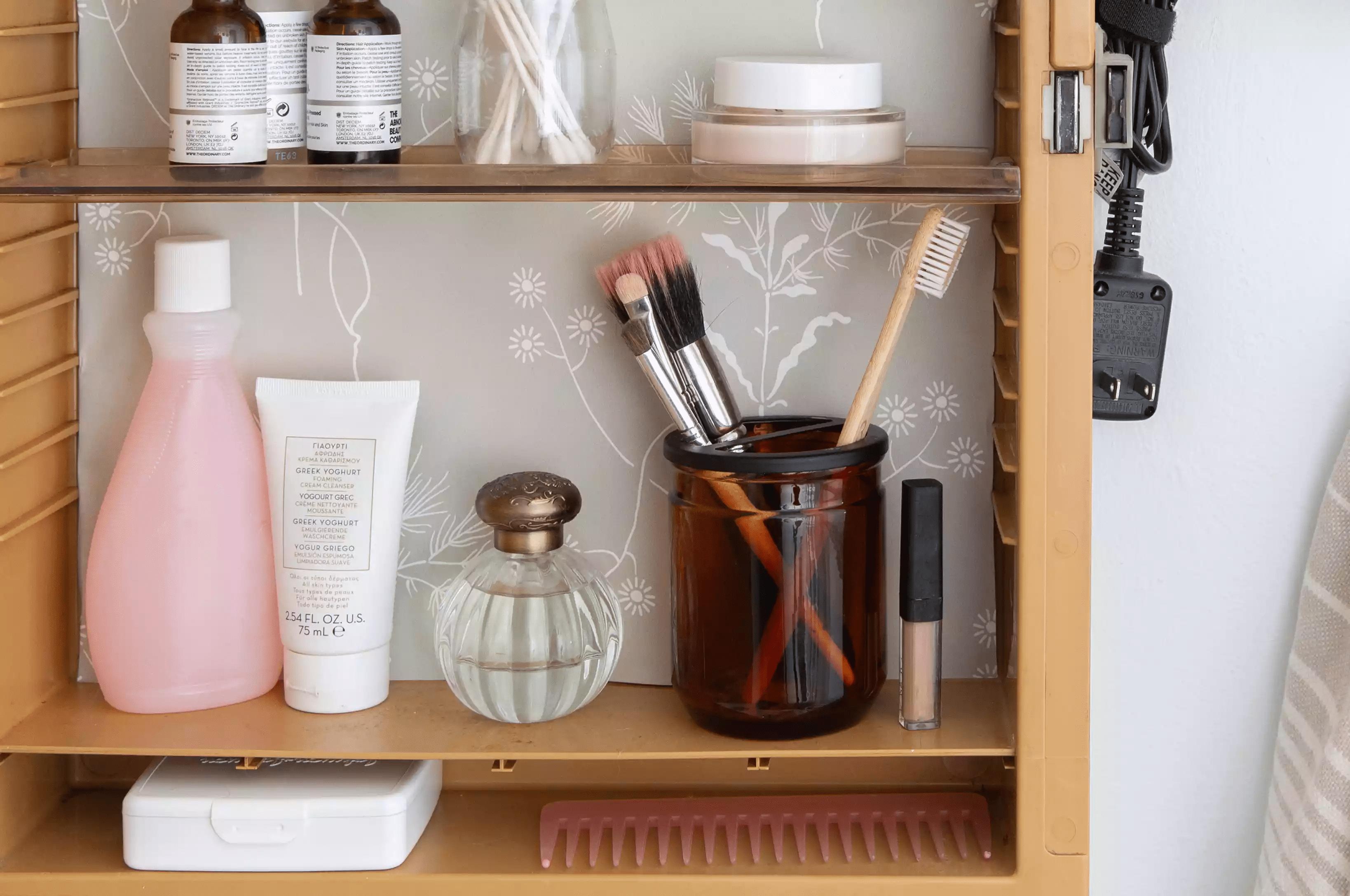 Organisez vos pinceaux de maquillage