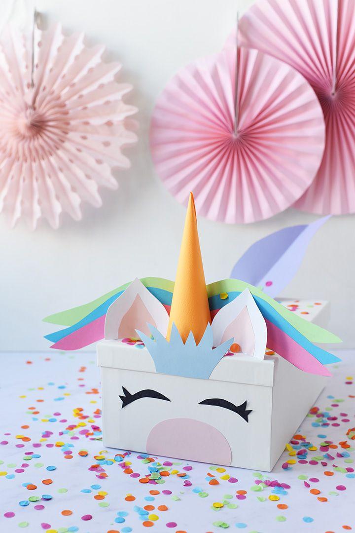 Boîte de cartes de la licorne pour la Saint-Valentin