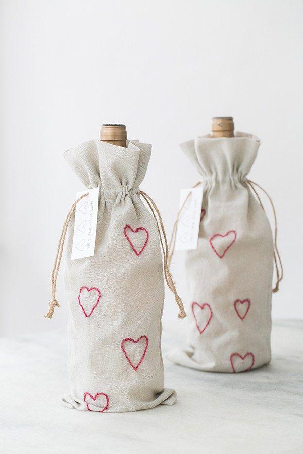 Broderie de sacs à vin