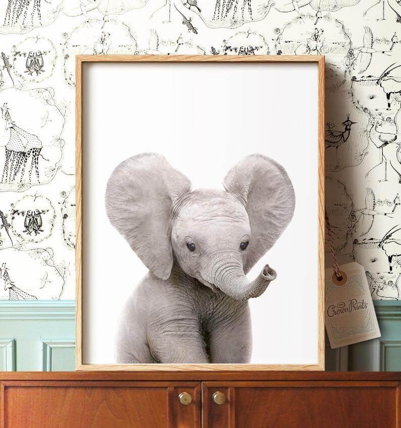 Art de pépinière Safari avec un éléphant mignon