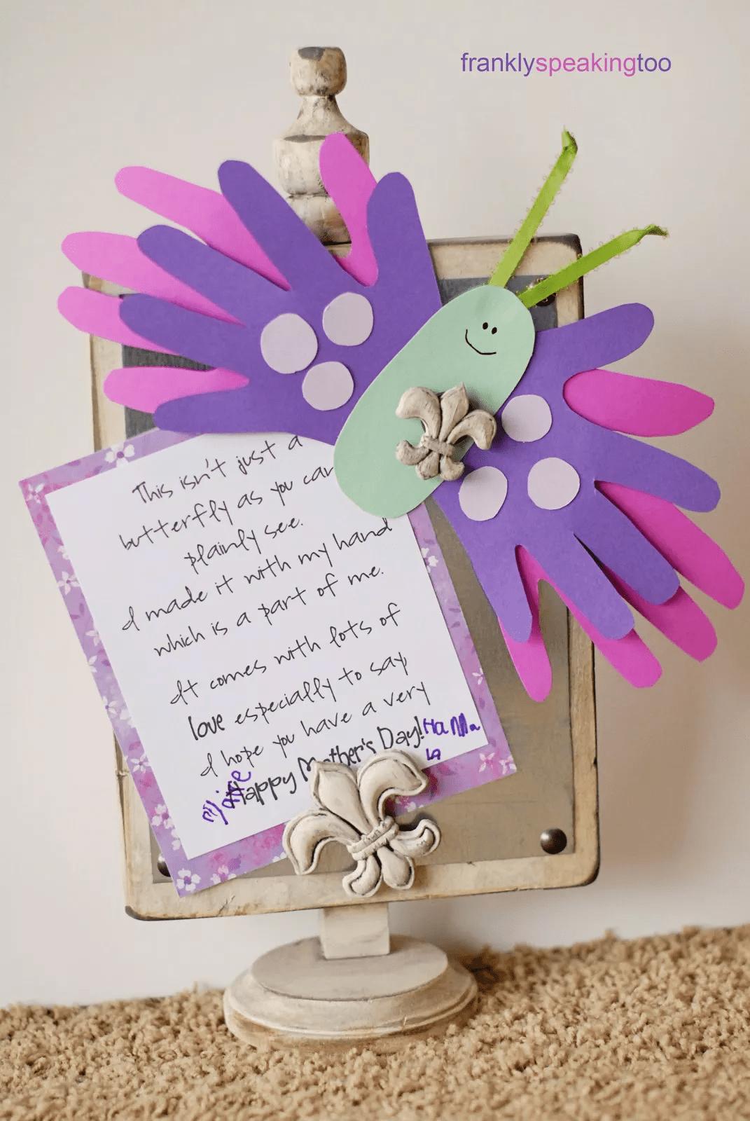 Carte papillon en papier pour la fête des mères