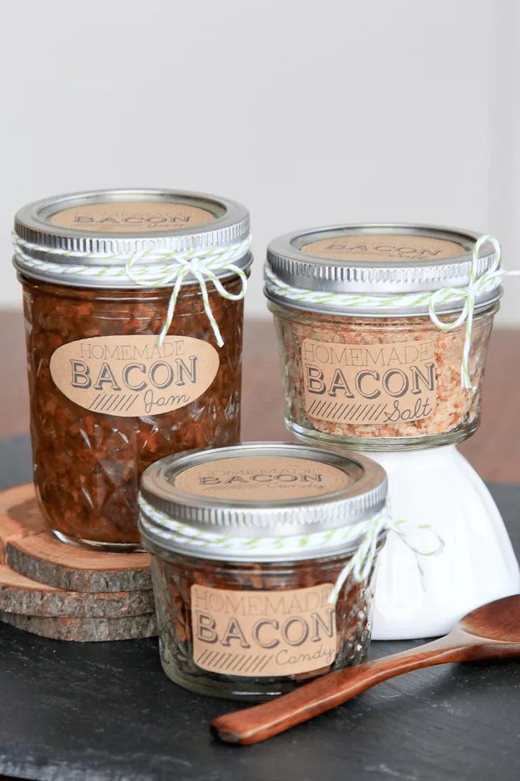 Confiture de bacon, sel de bacon et bonbons au bacon.
