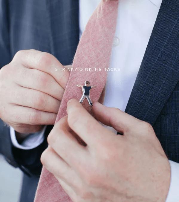 Épingle à cravate personnalisée