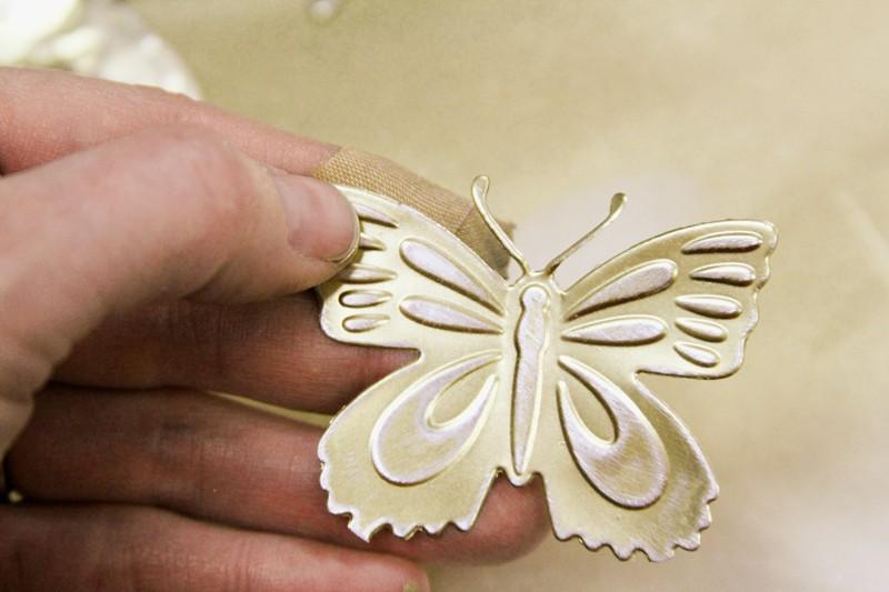 poncez légèrement les papillons